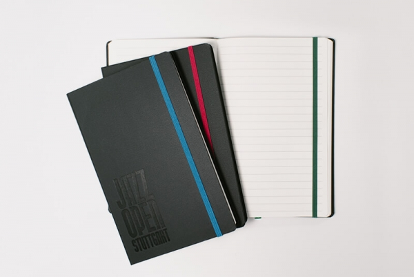 Notizbuch mit Farb-Gummi